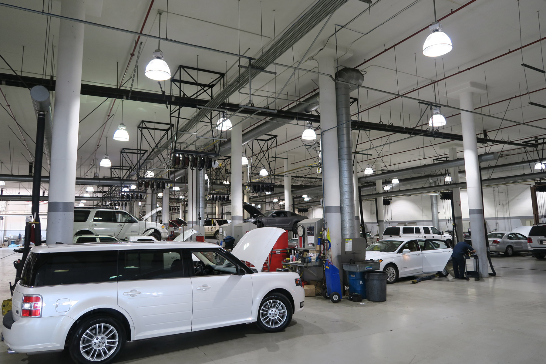 auto dealership LED high bay Lights